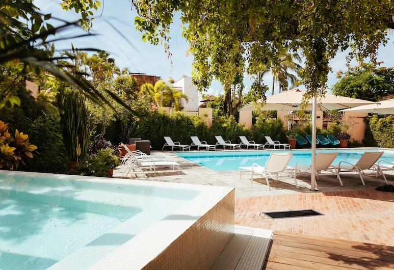 San Trópico Petit Hotel & Peaceful Escape, Puerto Vallarta, Außen-Whirlpool