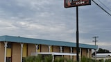 Reserve this hotel in Yoakum, Texas