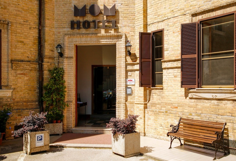 Hotel Mom Assisi, Assisi