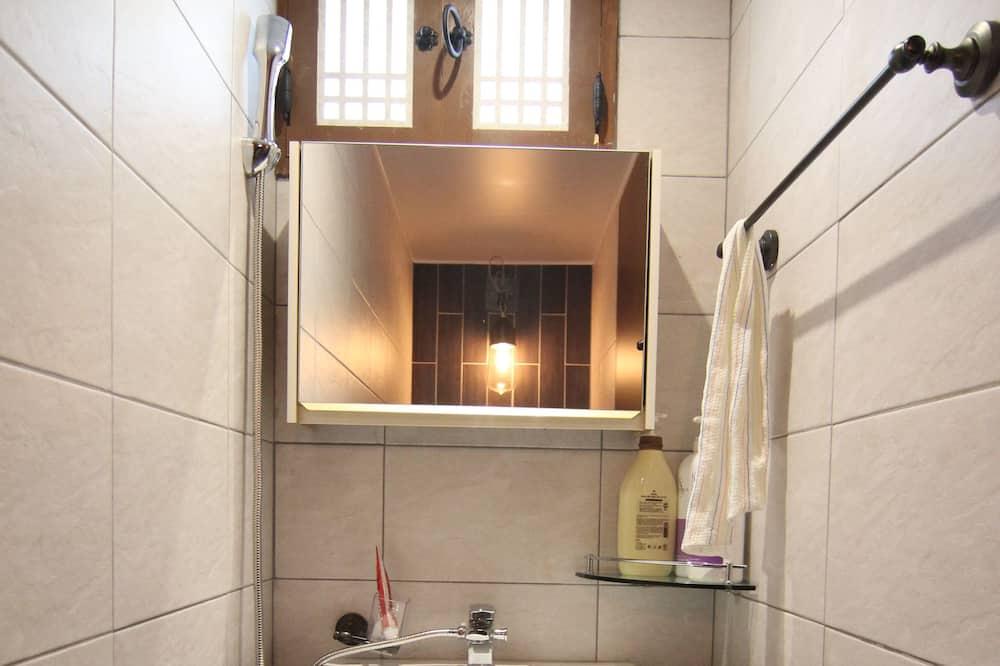 ห้องทราดิชันนัล (Garam) - ห้องน้ำ
