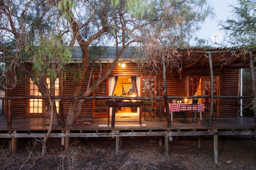 House (African Log) - Terrace/Patio