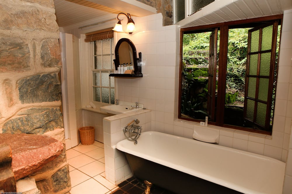 標準平房 - 浴室