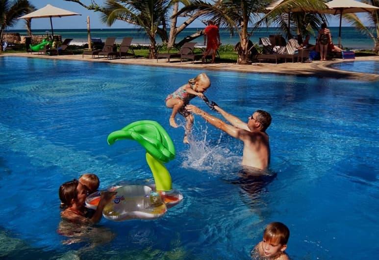 Lantana Galu Beach, Diani Beach, Outdoor Pool