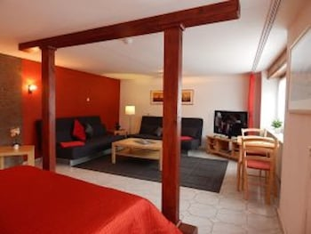 Picture of Luxury Vacation Apartment in Koblenz 49 by RedAwning in Koblenz