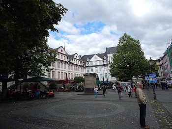 Picture of Luxury Vacation Apartment in Koblenz 4434 by RedAwning in Koblenz