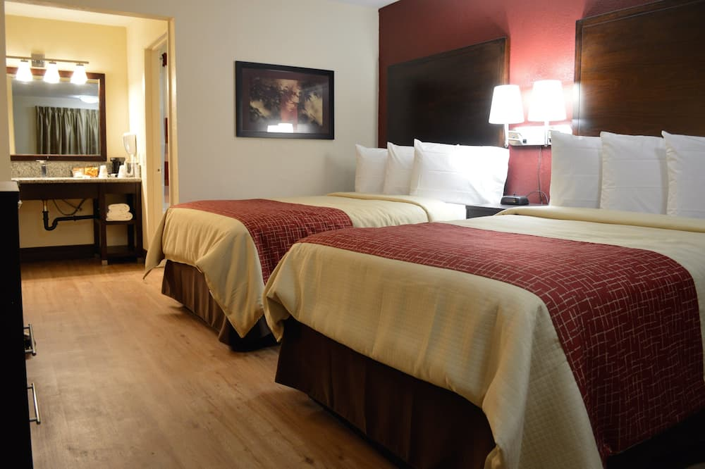 Standard Suite, 2 Double Beds, Non Smoking - Guest Room