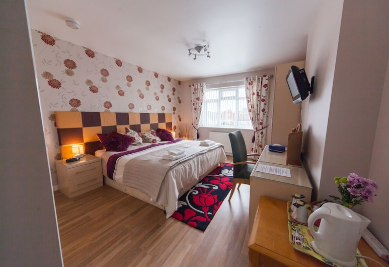 Wyngate Guest House, Wirral, Double or Twin Room, Guest Room