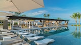 Choose This Luxury Hotel in Punta Mita