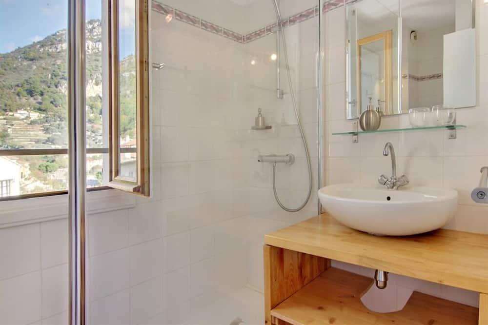 Cottage, Private Bathroom (Gîte de groupes) - Bathroom