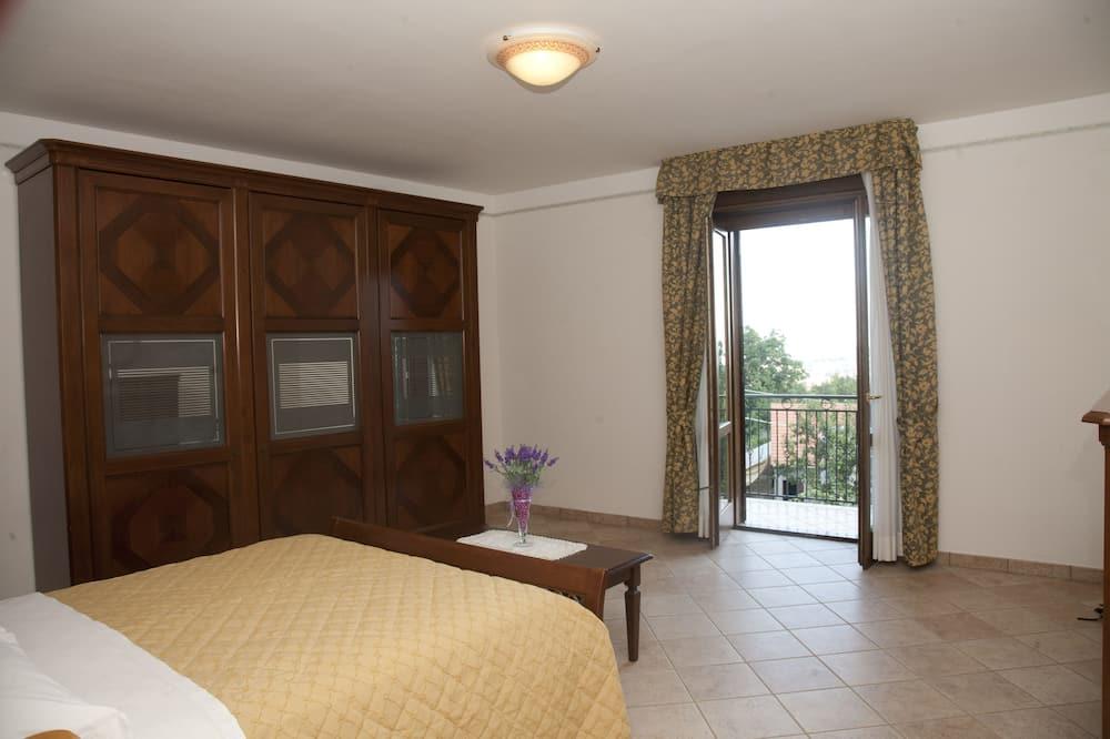 Rodinný pokoj, propojené pokoje - Balkón