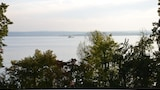Bilde av Vacation Apartment in Meersburg 6838 by RedAwning i Meersburg