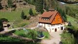 Bilde av Vacation Apartment in Oberkirch Baden 8432 by RedAwning i Oberkirch
