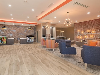 Picture of La Quinta Inn & Suites Plano - Legacy in Plano