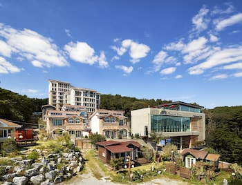Picture of The Soom Forest Hotel in Suwon