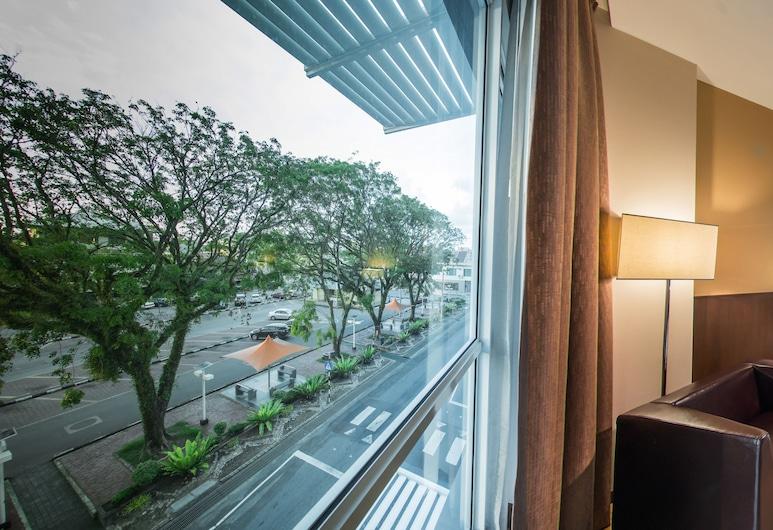 Keoja Hotel, Kuala Belait, Superior Deluxe King, Guest Room