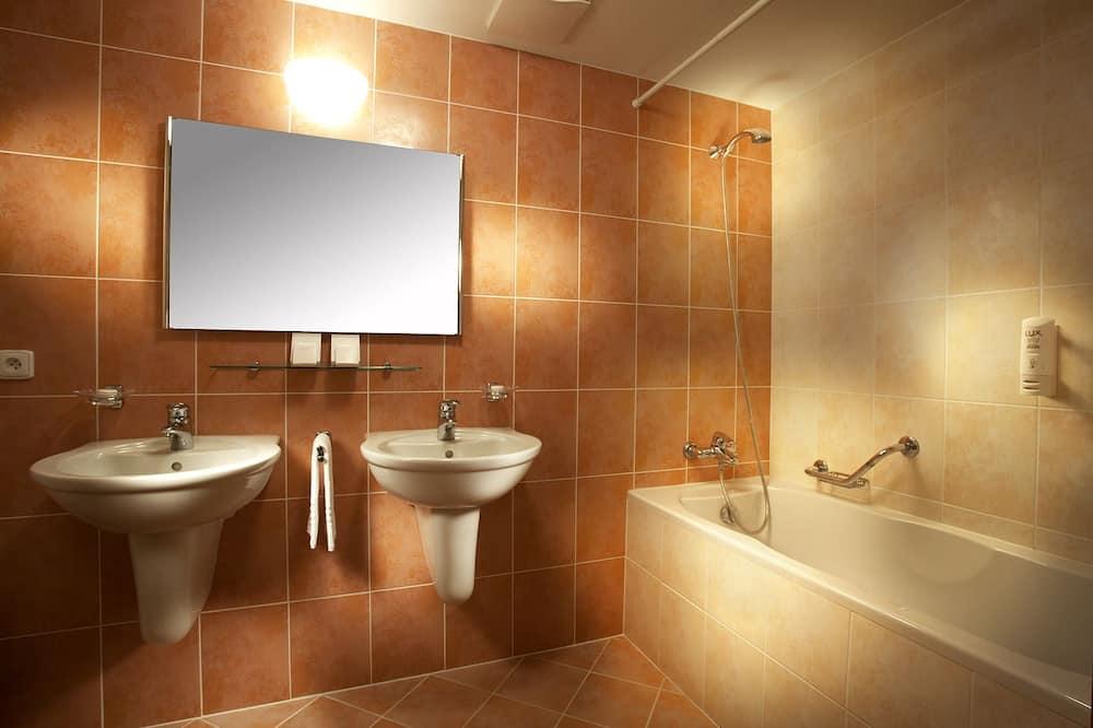 クラシック ダブルルーム 1 ベッドルーム エンスイート ガーデン - バスルーム