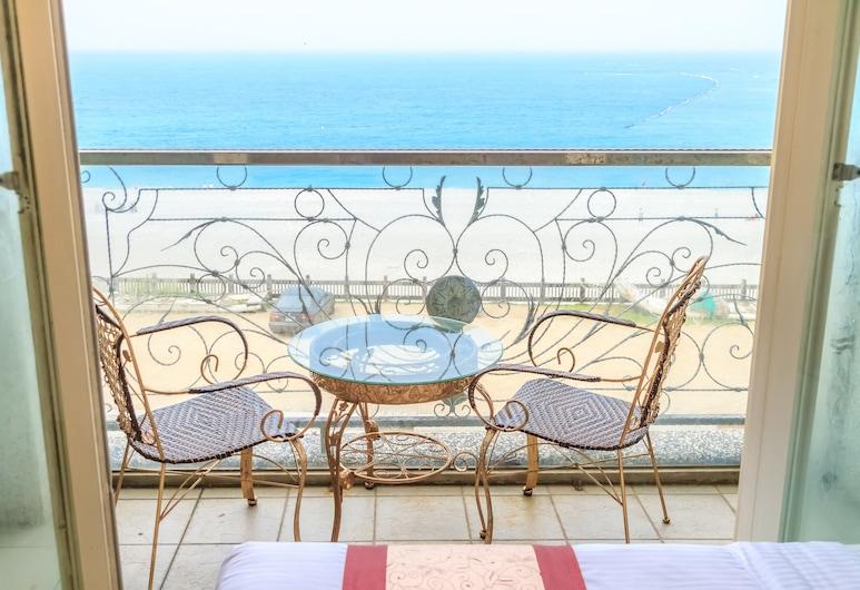 Sunrise Hotel, Xincheng, Earl Quadruple Room, Guest Room View