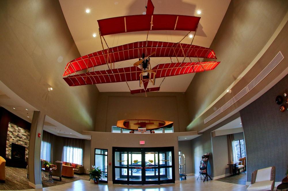 Best Western Plus The Hammondsport Hotel Interior Entrance