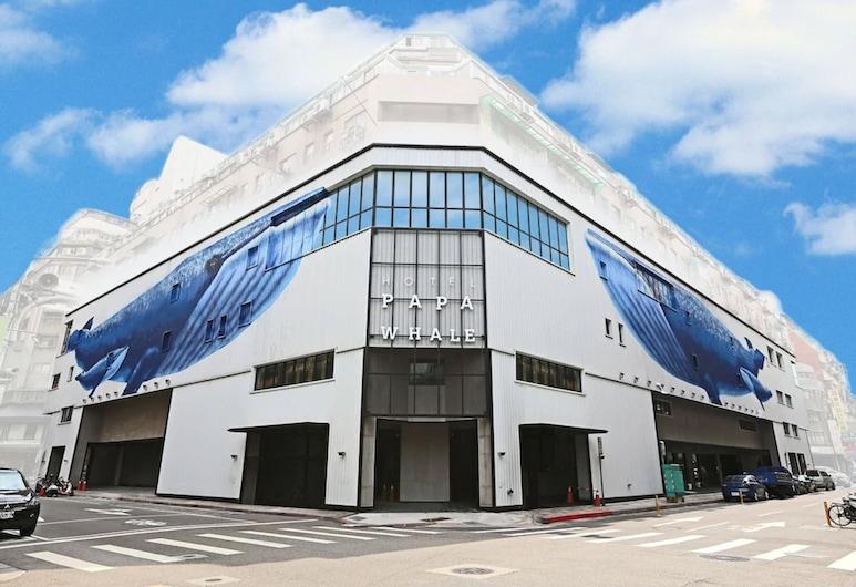 HOTEL PAPA WHALE, 台北市
