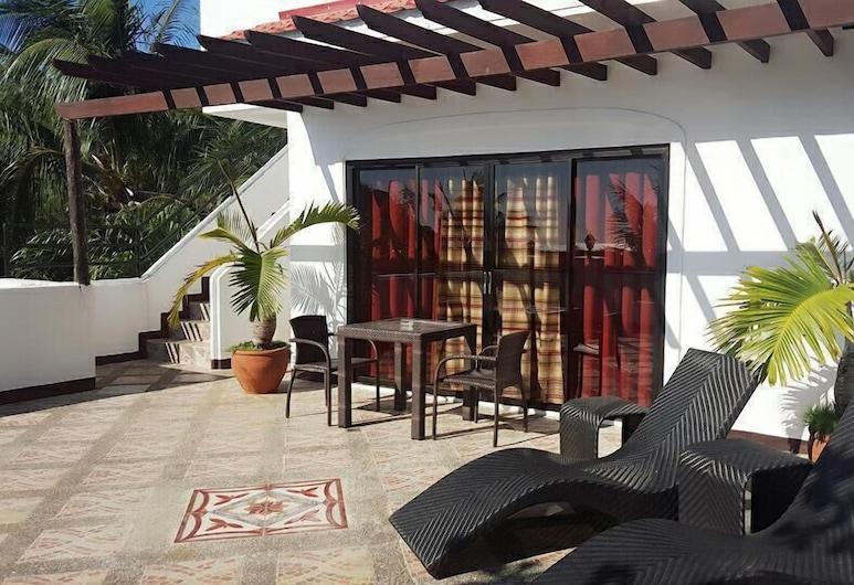 Sulusea Boutique Hotel, Boracay Island, Deluxe-Suite, 1King-Bett, Nichtraucher, Bergblick, Terrasse/Patio
