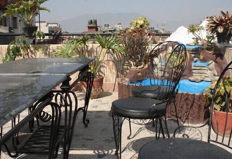 Thamel Apartments Hotel, Kathmandu, Terrace/Patio