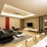 Phòng Suite Cao cấp - Khu phòng khách