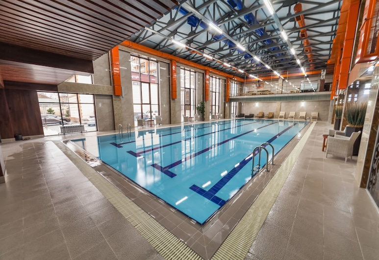 Classic, Osh, Indoor Pool