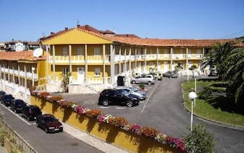 Picture of Apartamentos San Pedro in Llanes
