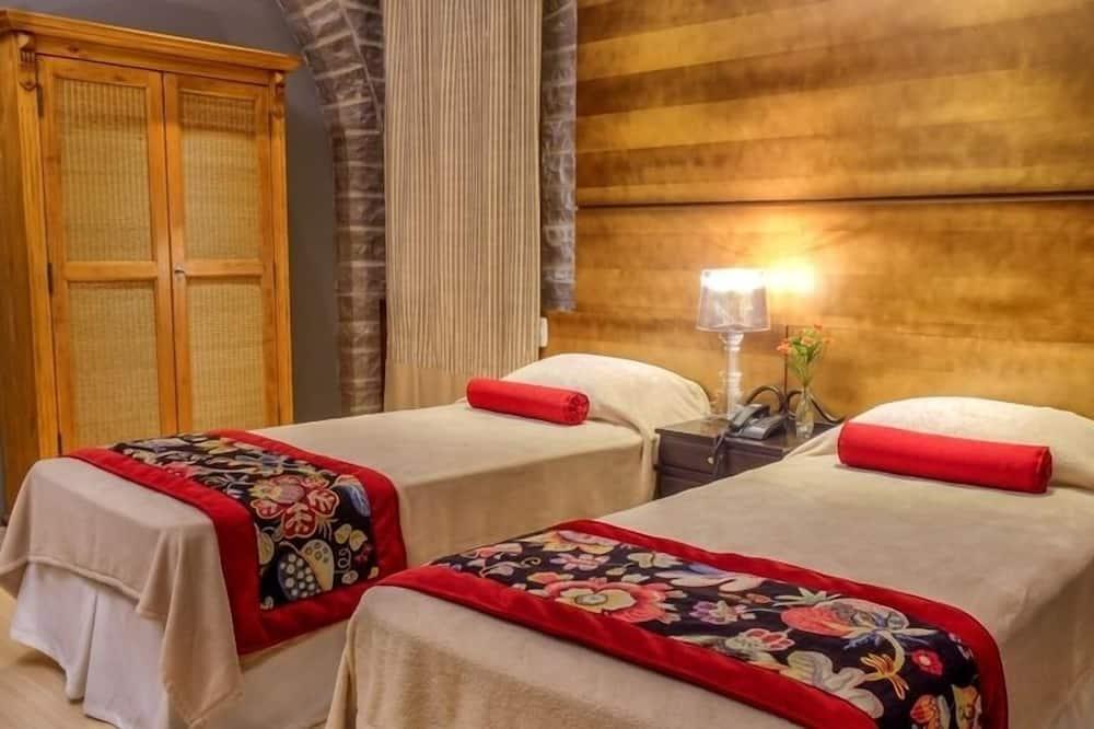 Luxury Double or Twin Room - Bathroom