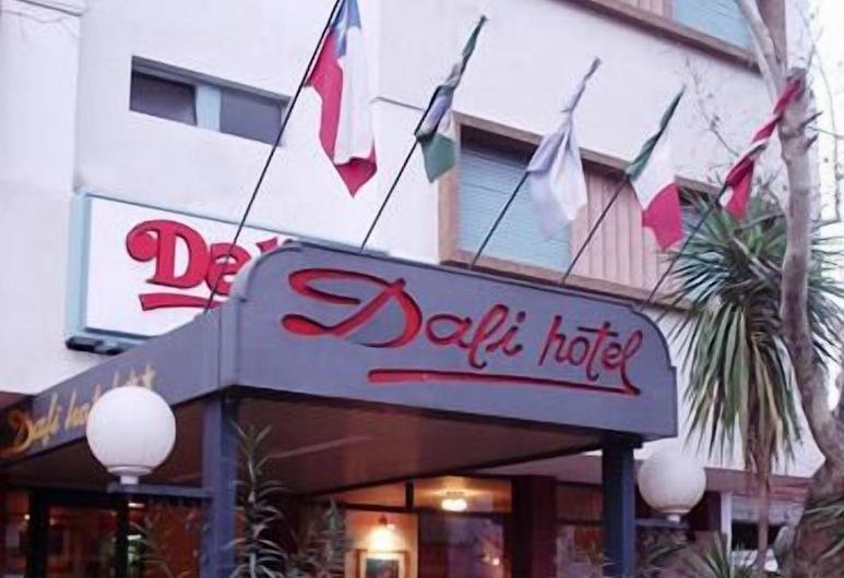 達利酒店, 聖拉法艾, 酒店正面