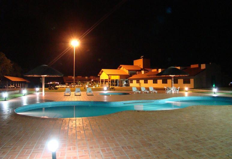 Hotel Lago Dourado, Dois Vizinhos, Bazén
