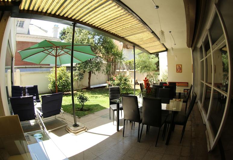 Hostal del Cerro, Santiago, Terrace/Patio