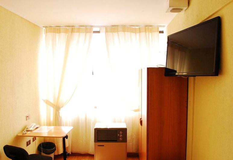 Hotel Jham, Iquique, Economy Double Room, Guest Room