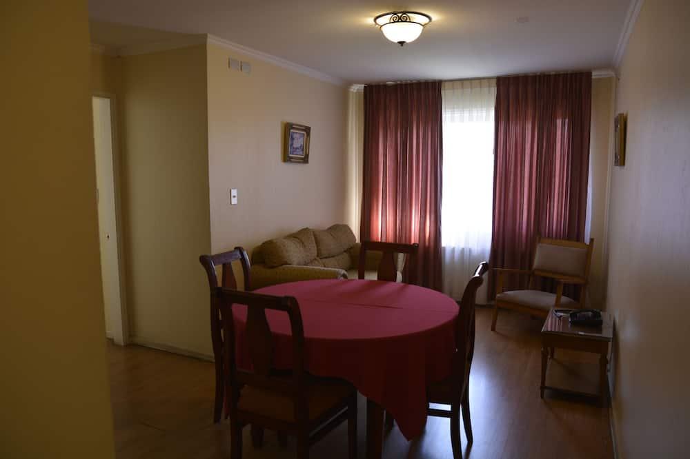 Standardní pokoj, 3 ložnice - Stravování na pokoji