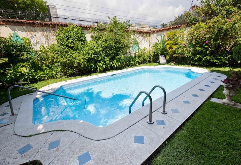 Suites & Apartments San Benito Zona Rosa, San Salvador, Venkovní bazén