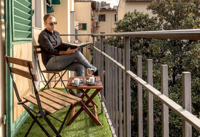 Home Boutique Santa Maria Novella, Florence, Phòng đôi Deluxe, Ban công, Quang cảnh sân vườn, Phòng