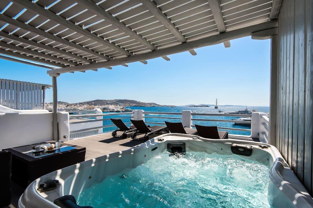 Suite, 2 habitaciones, vista al mar (Outdoor Hot Tub) - Habitación