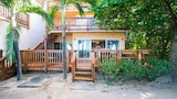 Choose this Apartment in Roatan - Online Room Reservations