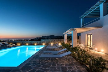 Picture of Seven Suites in Naxos