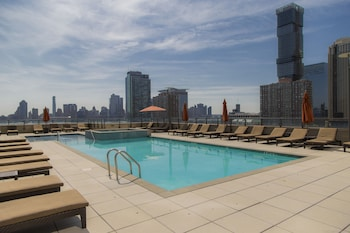 Picture of Ultra Modern Suites Facing Manhattan Skyline in Jersey City