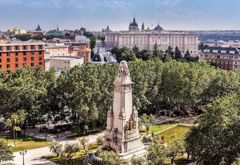 Barceló Torre de Madrid, Madrid, Exterior