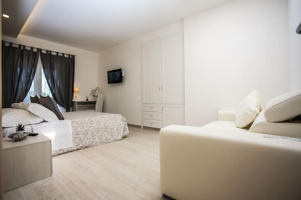 Comfort Double Room, Private Bathroom - Guest Room