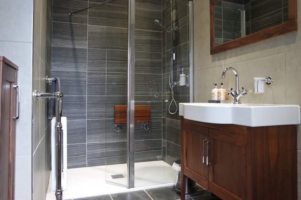Standarta divvietīgs numurs, vannasistaba numurā - Vannasistaba