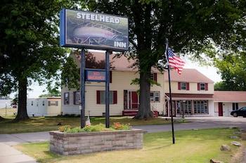 Picture of Steelhead Inn in Erie