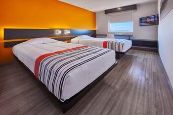 聖路易波托西聖路易斯波托西卡蘭薩城市快捷青年飯店的相片