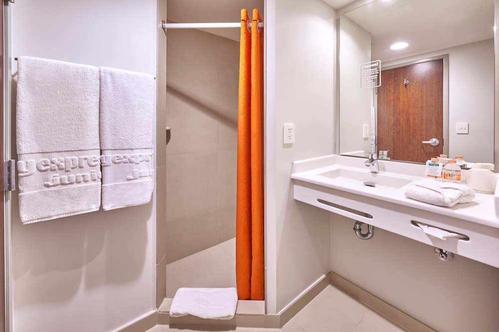 Standardní pokoj, dvojlůžko (180 cm) - Koupelna