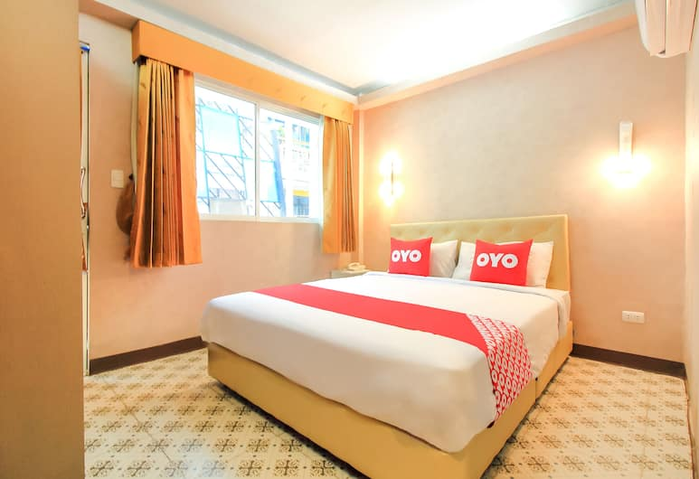 OYO 332 Everest Boutique Hotel, Bangkok, Deluxe Double Room, Guest Room