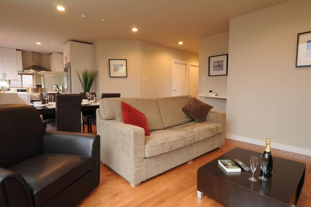Apartment, 2 Bedrooms, Mountain View (Upstairs) - Ruang Tamu