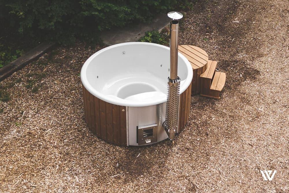 Deluxe Cabin - Private spa tub