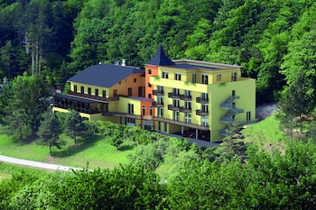 Picture of Youth Hostel Davos Youthpalace in Davos